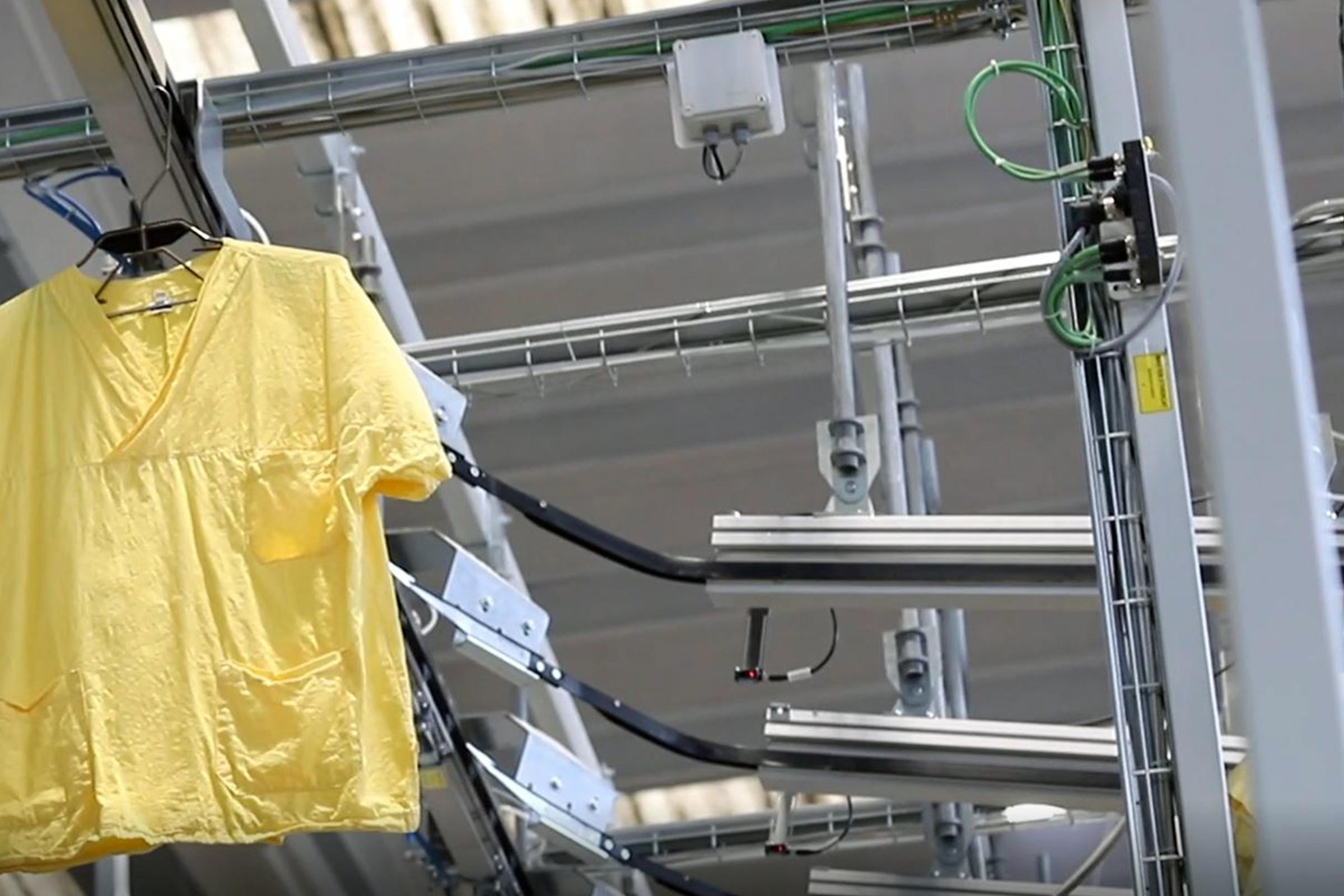 Success stories: integrazione di prodotti nella linea automatica per un'importante lavanderia industriale